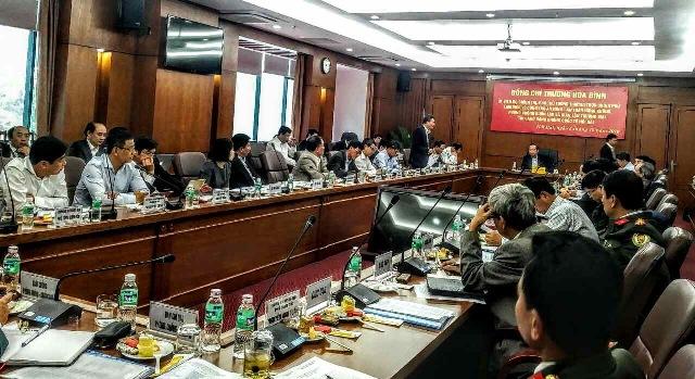 Phó Thủ tướng Trương Hòa Bình kiểm tra công tác đảm bảo an ninh, an toàn tại Cảng HKQT Nội Bài