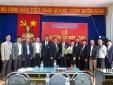 Công ty Quản lý bay miền Trung tổ chức Lễ Trao tặng Huy hiệu 30 năm tuổi Đảng