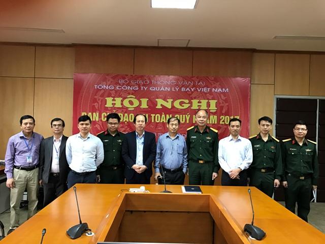 Đoàn cán bộ Ủy ban Quốc gia Tìm kiếm cứu nạn đến thăm và làm việc với Trung tâm Phối hợp tìm kiếm cứu nạn Hàng Không