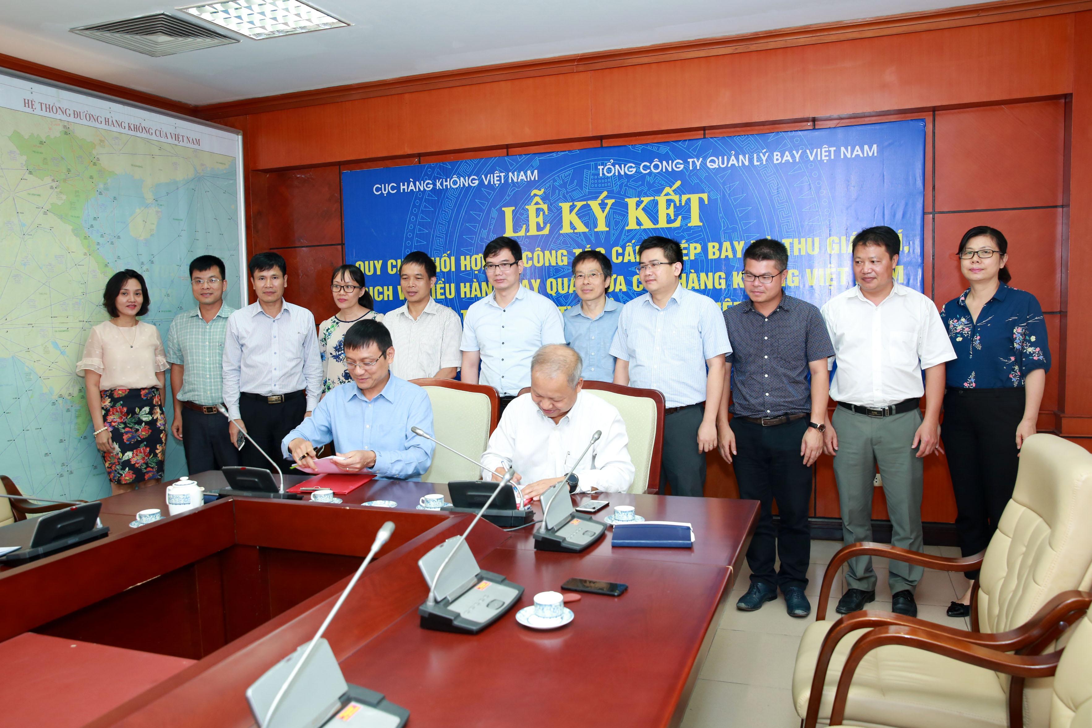 VATM và Cục Hàng không Việt Nam ký kết Quy chế phối hợp trong công tác cấp phép và thu phí, giá dịch vụ điều hành bay qua