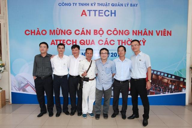 Công ty TNHH Kỹ thuật Quản lý bay tổ chức gặp mặt cán bộ kỹ thuật ngành quản lý bay và cán bộ, công nhân viên Công ty qua các thời kỳ