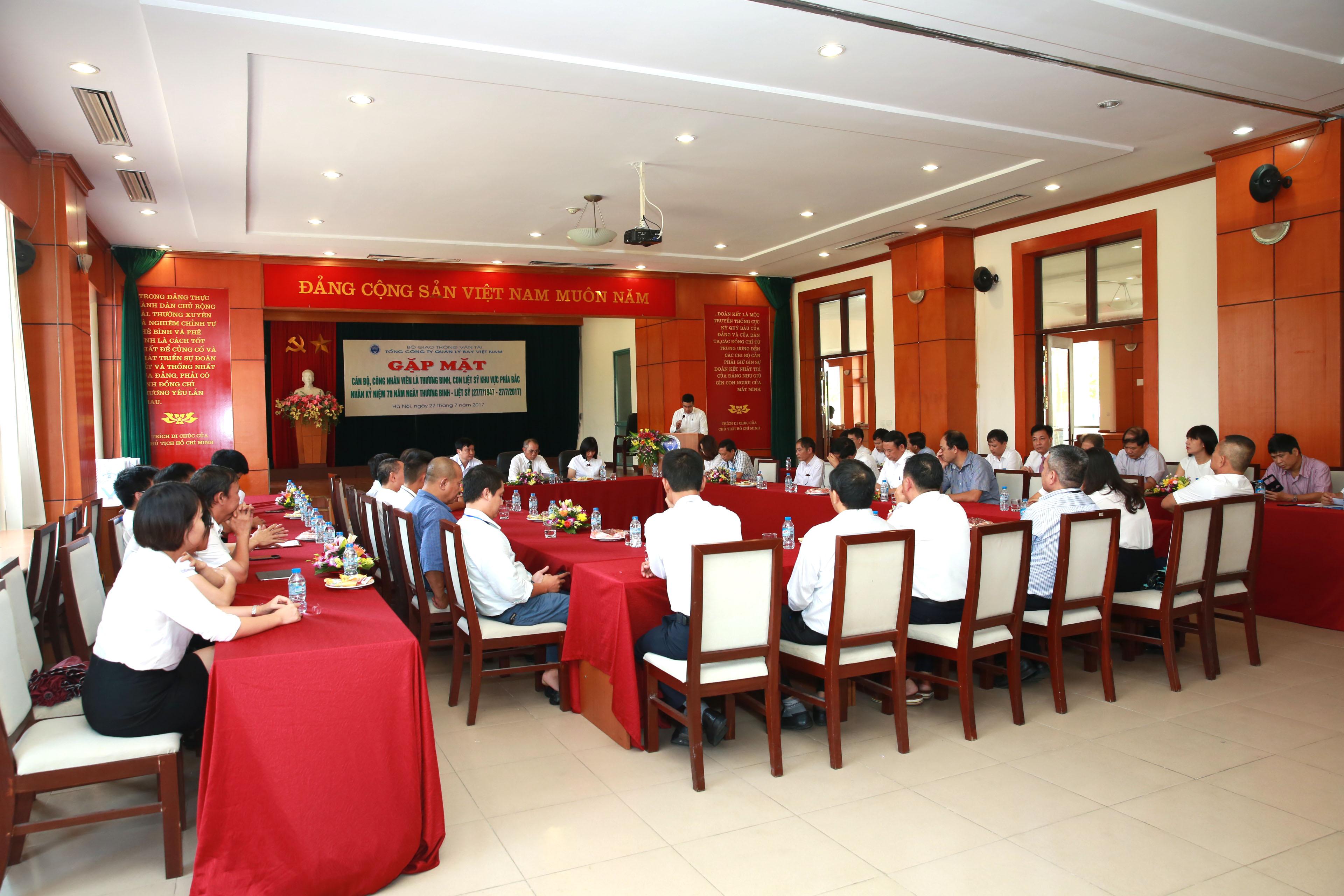 VATM tổ chức gặp mặt cán bộ nhân viên là thương binh, con liệt sỹ nhân ngày 27 tháng 7