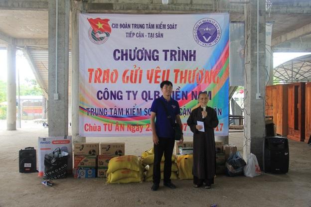 Chi đoàn tại Đoàn Quản lý bay miền Nam: chương trình Trao gửi yêu thương tại chùa Từ Ân, Bà Rịa Vũng Tàu