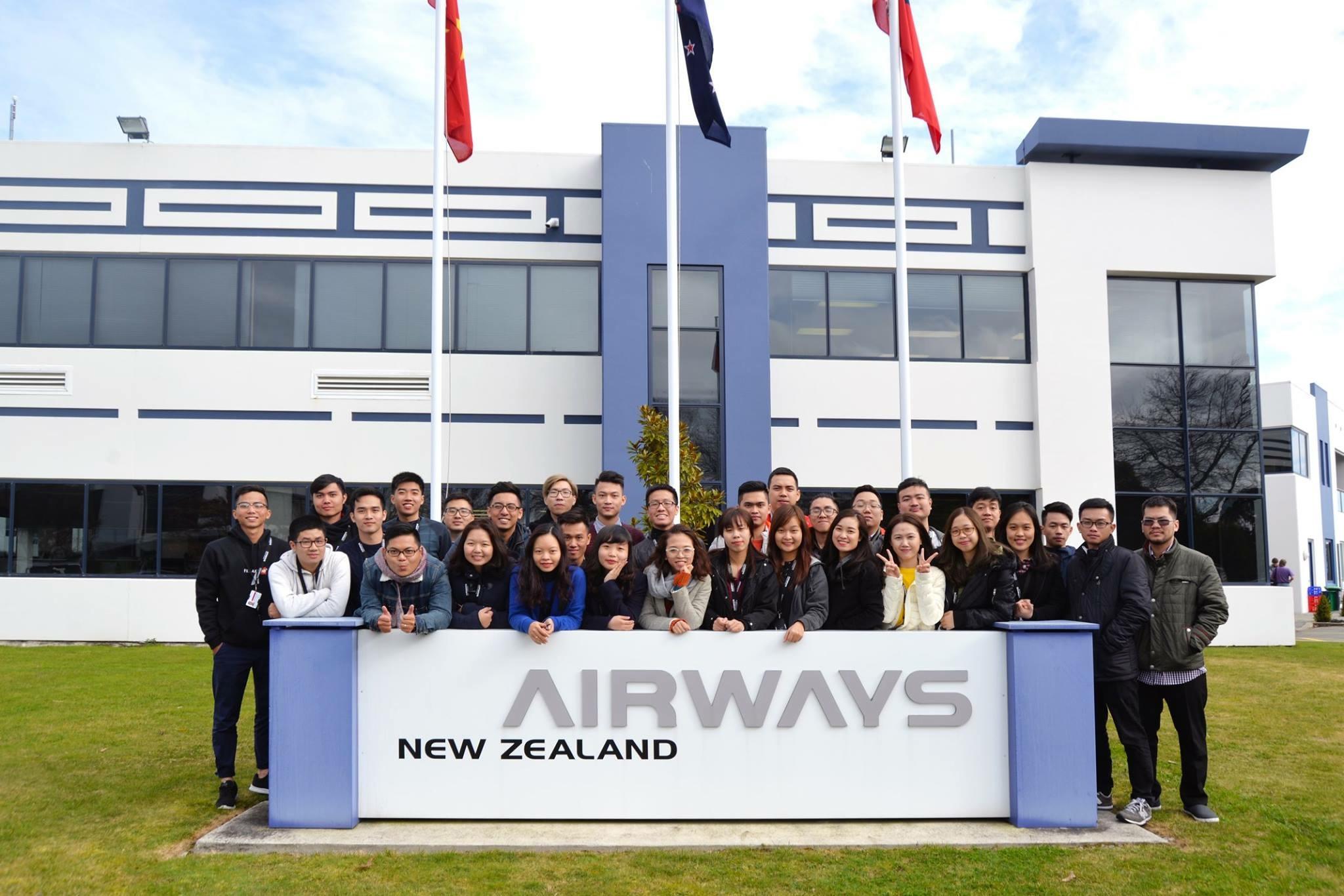 32 học viên Chương trình xã hội hóa kiểm soát viên không lưu Khóa II bắt đầu học tại Airways New Zealand