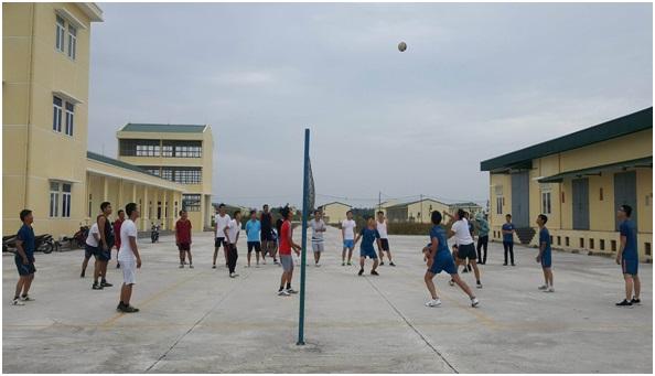 Đài Kiểm soát không lưu Cần Thơ kết hợp Trung đoàn 917 tổ chức các hoạt động thể thao, văn nghệ chào mừng kỷ niệm 73 năm Ngày Thành lập Quân đội nhân dân Việt Nam