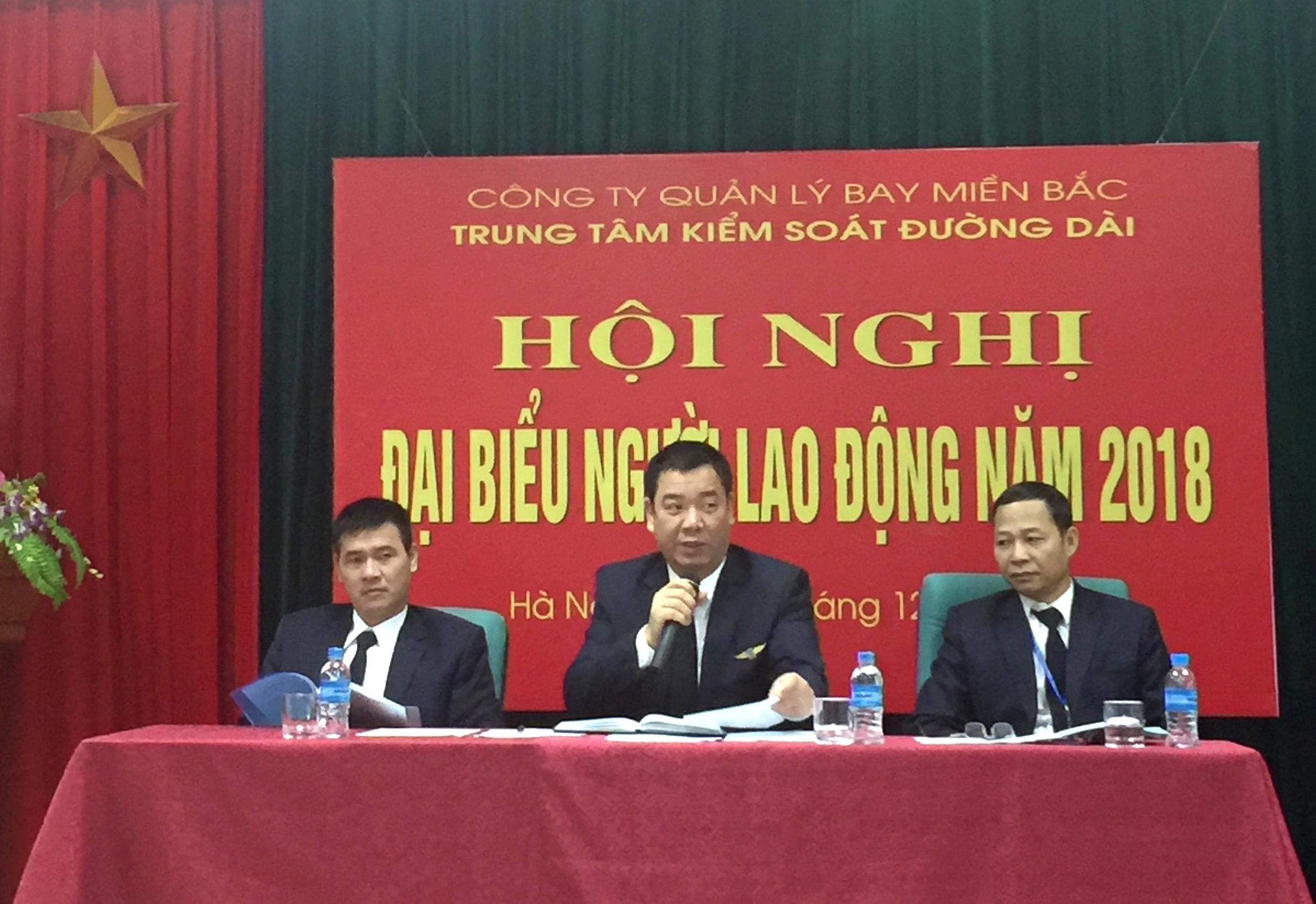 Trung tâm Kiểm soát đường dài Hà Nội tổ chức Hội nghị Người lao động năm 2018