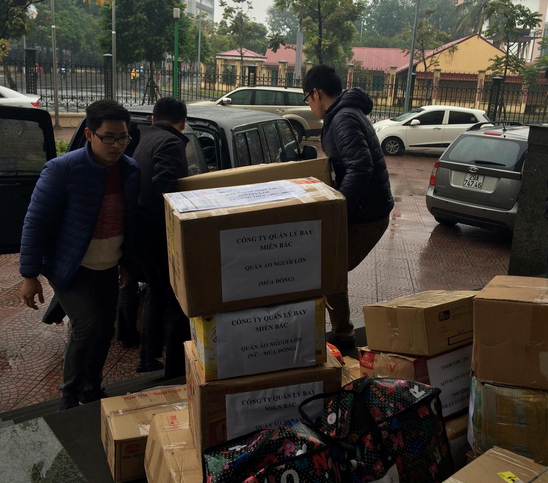 Quyên góp ủng hộ quần áo ấm cho đồng bào nghèo các tỉnh miền núi bị ảnh hưởng thiên tai năm 2017