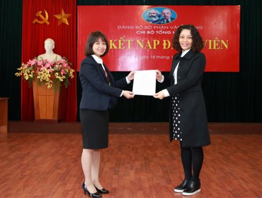 Đảng ủy Tổng công ty Quản lý bay Việt Nam coi trọng công tác  phát triển đảng viên