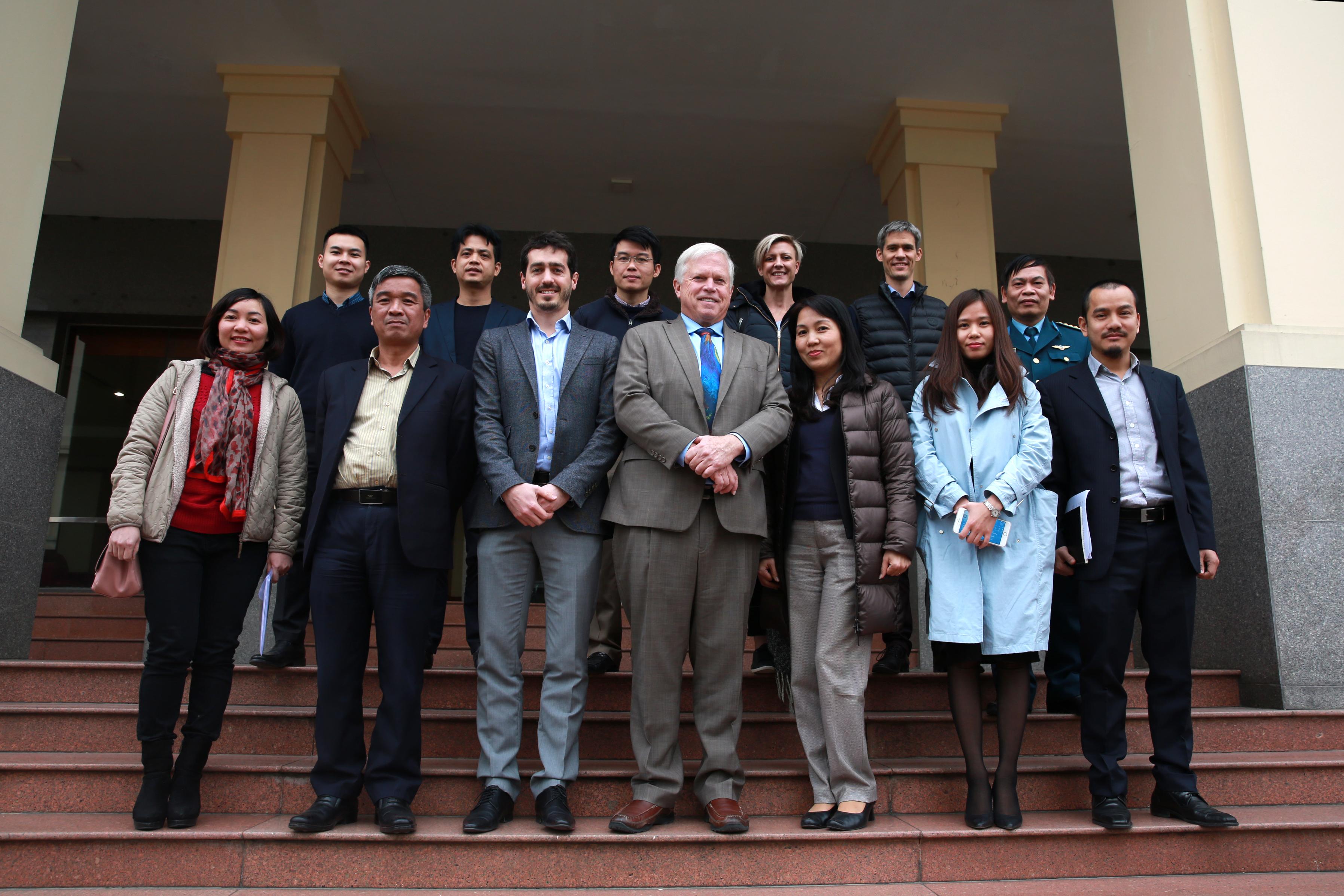 Chương trình Hợp tác Quản lý không lưu tại Việt Nam với Công ty NAVBLUE S.A.S/Airbus: Họp tiến độ  dự án khu vực sân bay Nội Bài