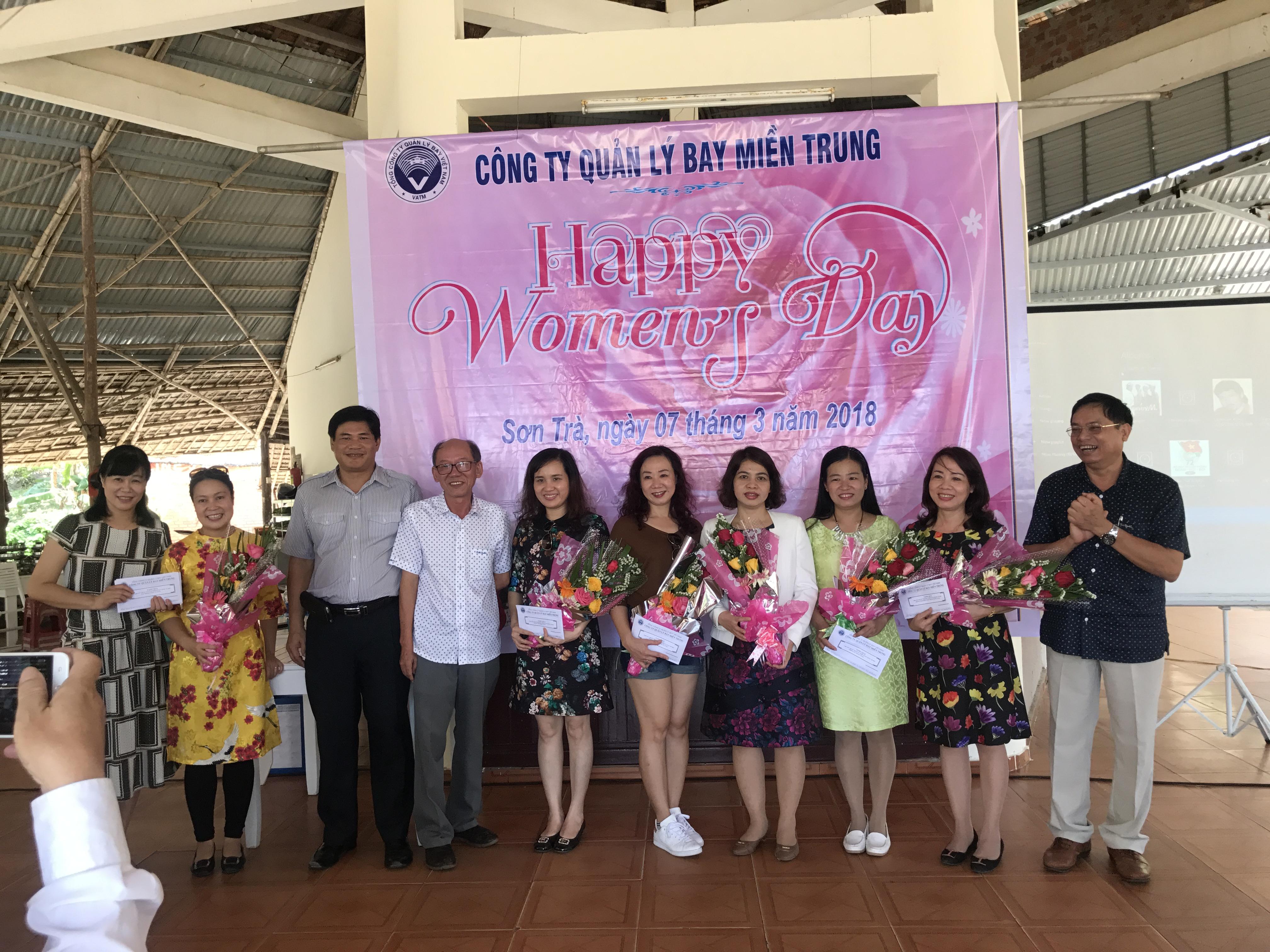 Hoạt động chào mừng Ngày quốc tế phụ nữ 8/3/2018 tại Công ty Quản lý bay miền Trung