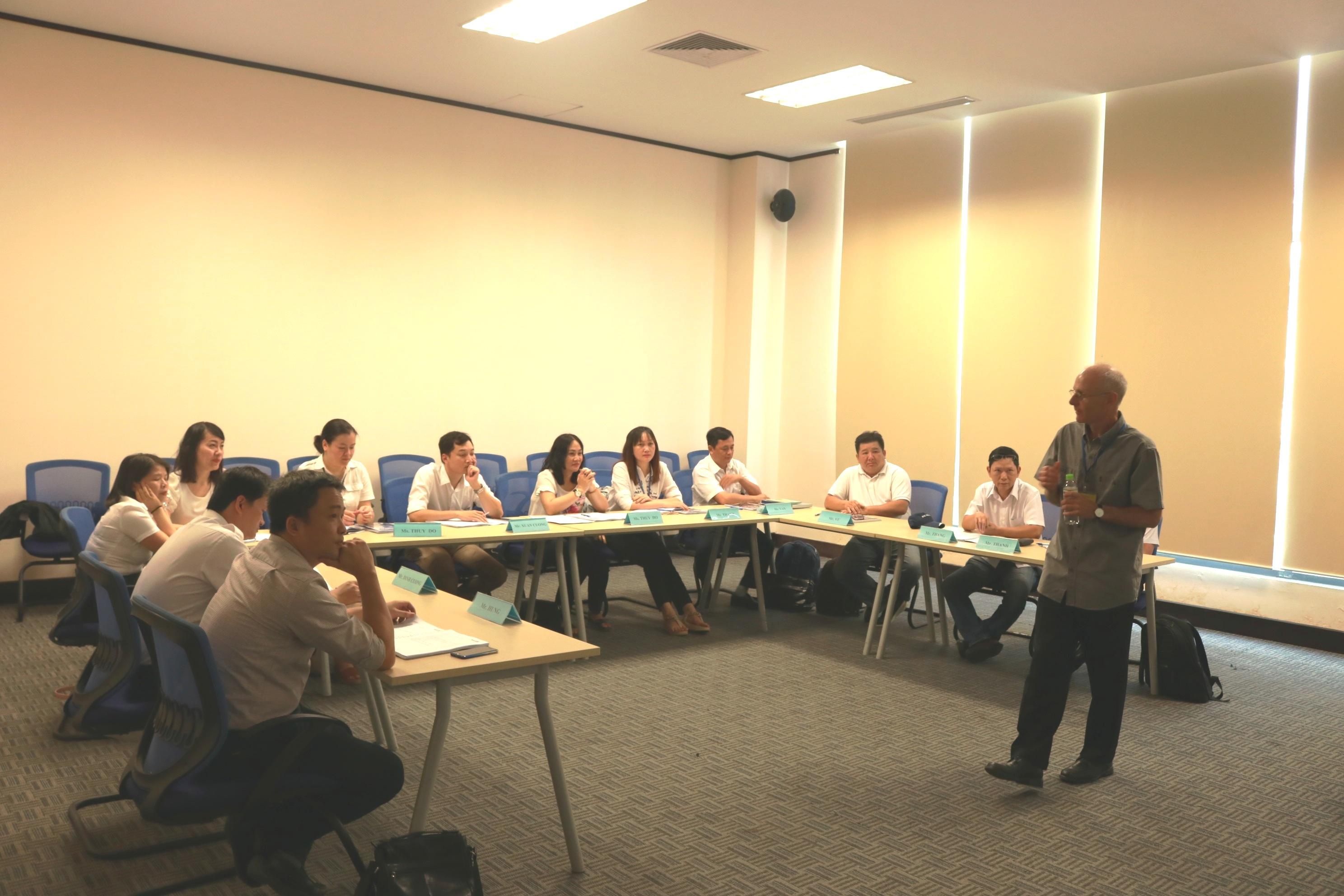 Trung tâm Đào tạo - Huấn luyện nghiệp vụ Quản lý bay tổ chức đào tạo khóa Kíp trưởng không lưu