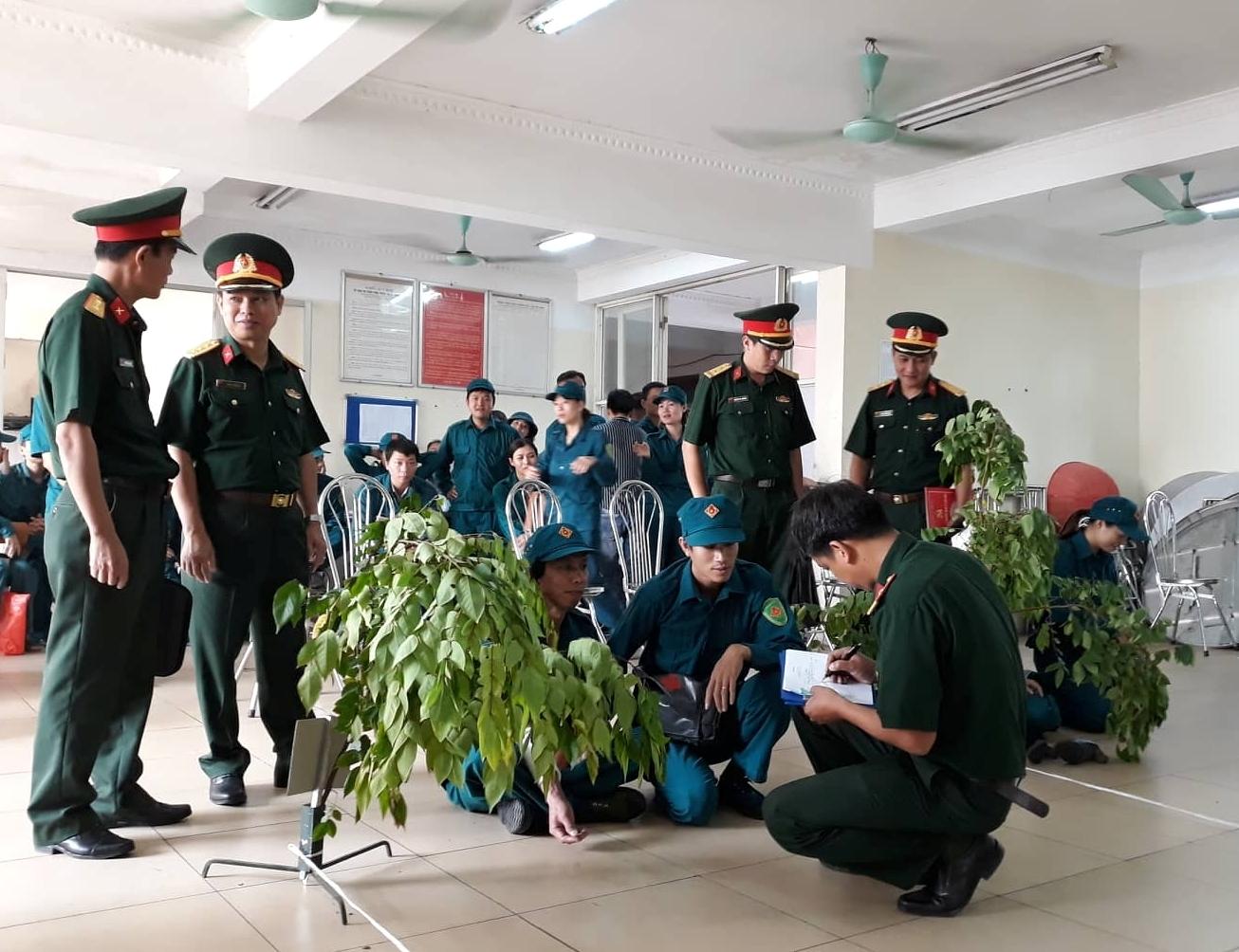 Tự vệ Khối cơ quan và các đơn vị thành viên khu vực Long Biên tham gia Hội thao quốc phòng Dân quân tự vệ quận Long Biên năm 2018