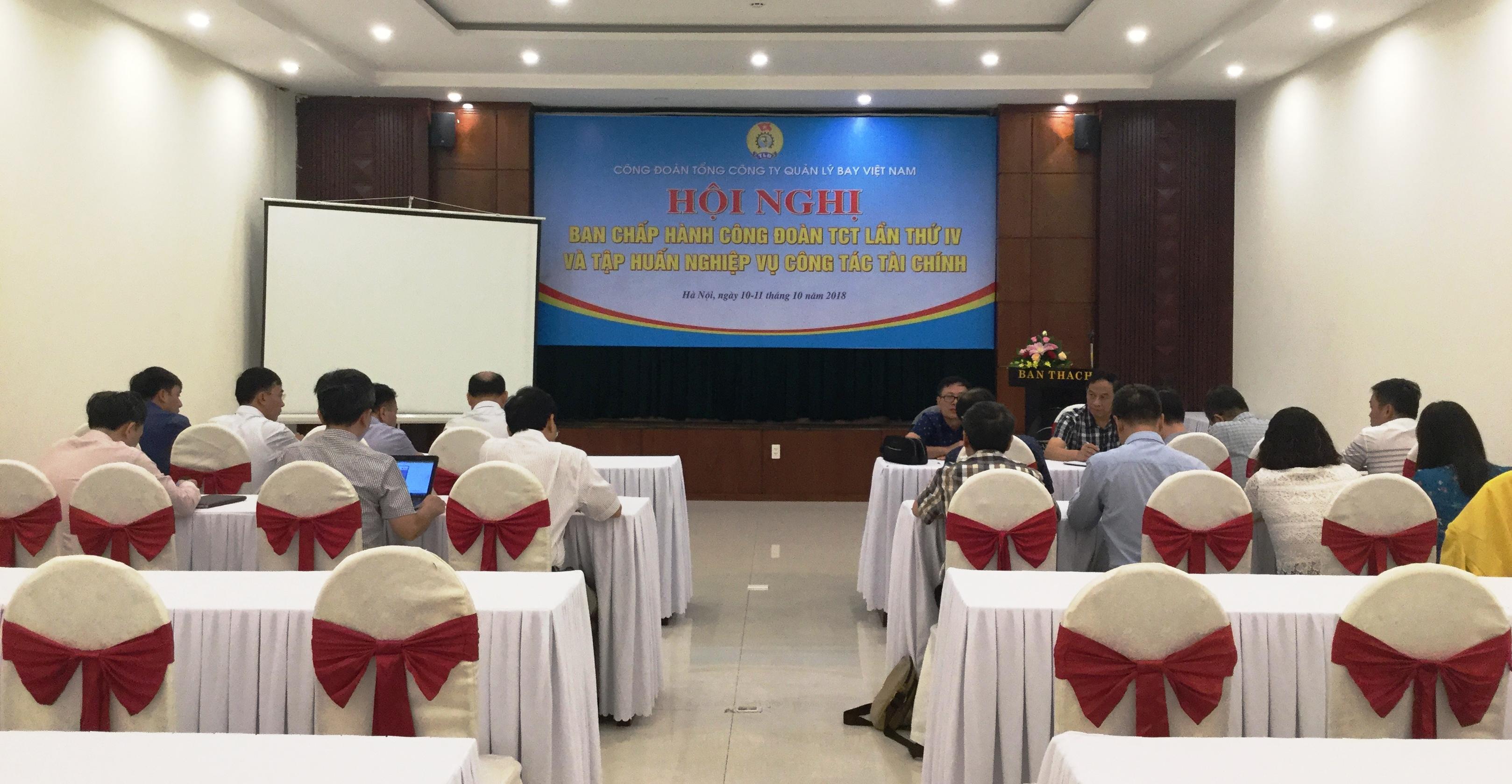 Công đoàn Tổng công ty Quản lý bay Việt Nam: Tổ chức Hội nghị Ban Chấp hành và tập huấn nghiệp vụ công tác tài chính công đoàn