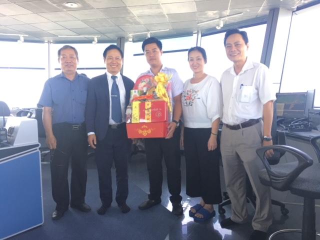 Lãnh đạo VATM thăm và chúc Tết Công ty Quản lý bay miền Nam