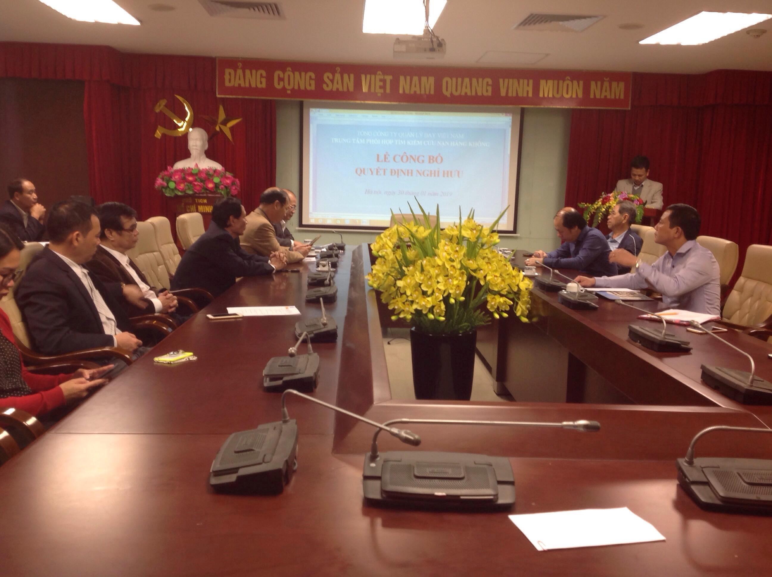 Lễ công bố và trao Quyết định nghỉ hưu cho Trưởng phòng Nghiệp vụ