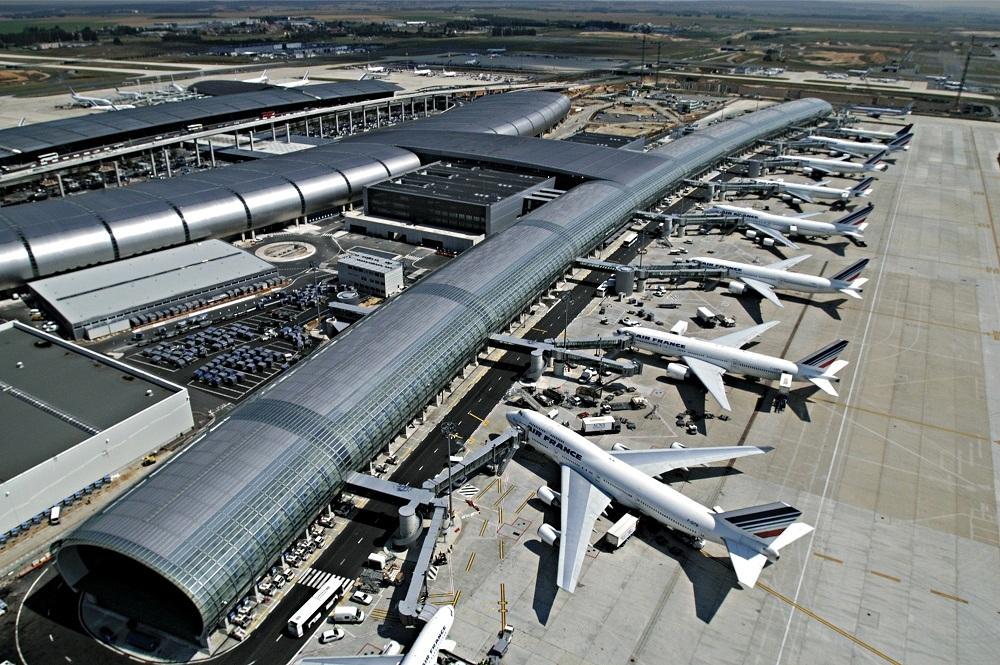 Sử dụng PBN/ILS độc lập, song song, và ghép ba tại sân bay Paris CDG (CHARLES DE GAULLE) và Le Bourget