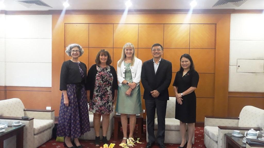 Airways New Zealand tới thăm và làm việc tại Trụ sở Tổng công ty