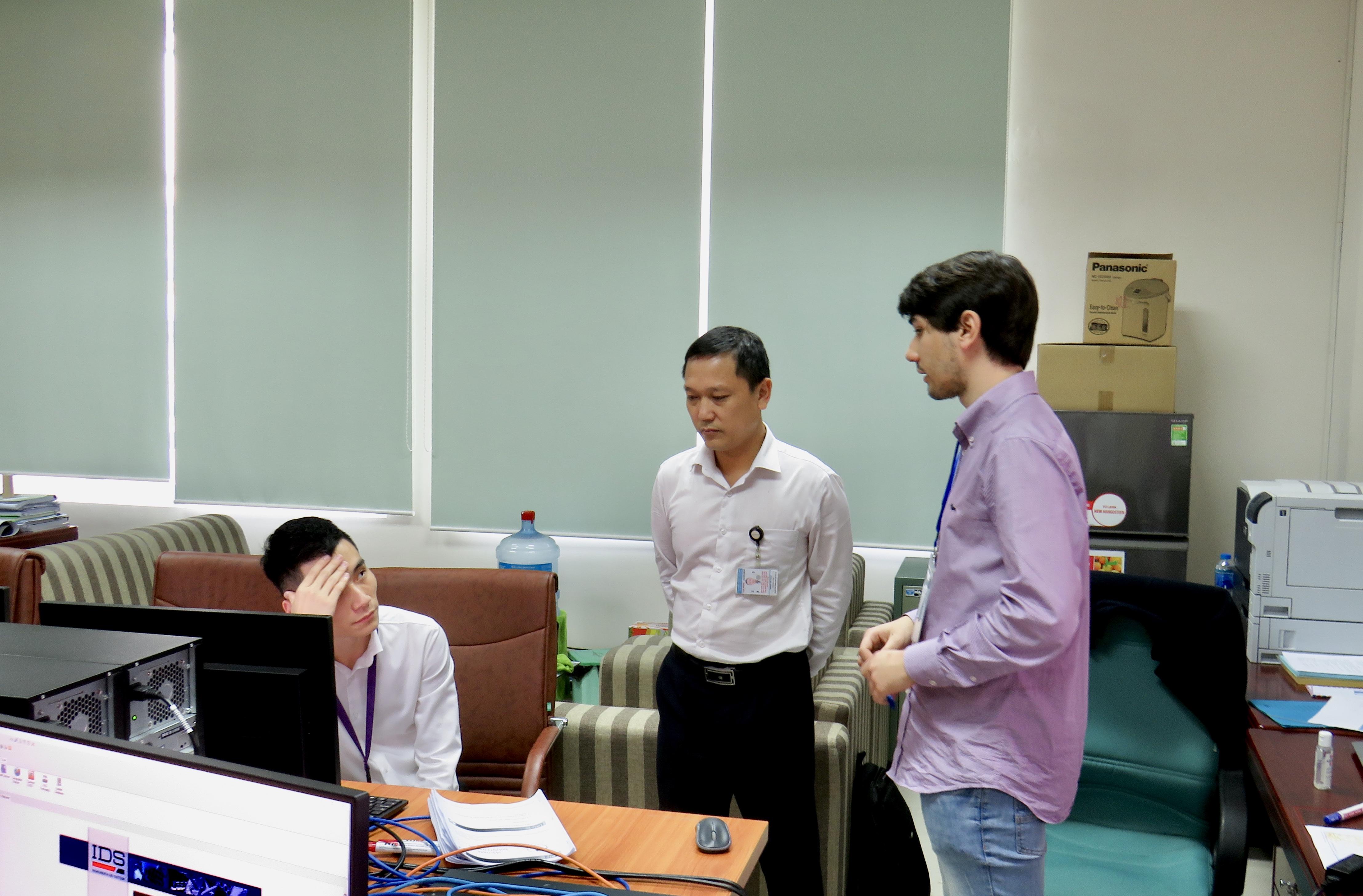 Huấn luyện Quản trị hệ thống và cơ sở dữ liệu phần mềm Thiết kế phương thức bay