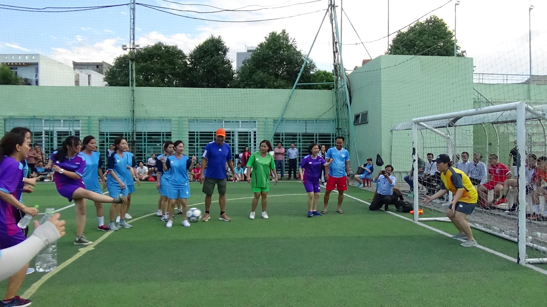 Giải bóng đá tại Công ty Quản lý bay miền Trung