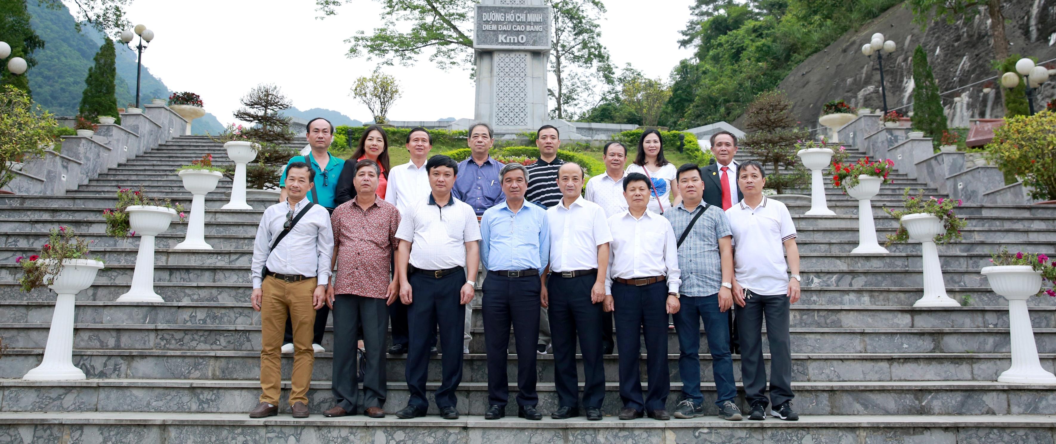 Đảng bộ VATM: Tổ chức Chương trình học tập giáo dục truyền thống