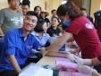 Cán bộ, công nhân viên Đài Kiểm soát không lưu Pleiku tham gia hoạt động hiến máu nhân đạo