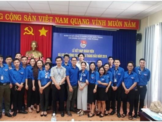 Chi đoàn Cơ quan-Văn phòng Công ty Quản lý bay miền Trung: Tổ chức Kết nạp đoàn viên mới và Sơ kết công tác đoàn 6 tháng đầu năm 2019