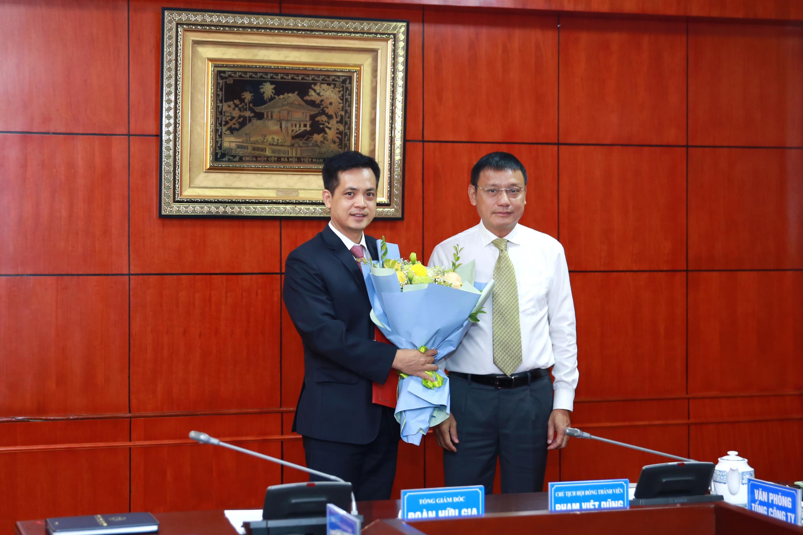 VATM: Công bố và trao quyết định bổ nhiệm cán bộ
