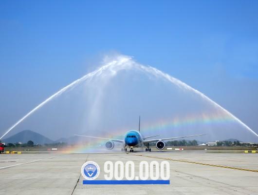 VATM marks the 900,000th flight in 2019