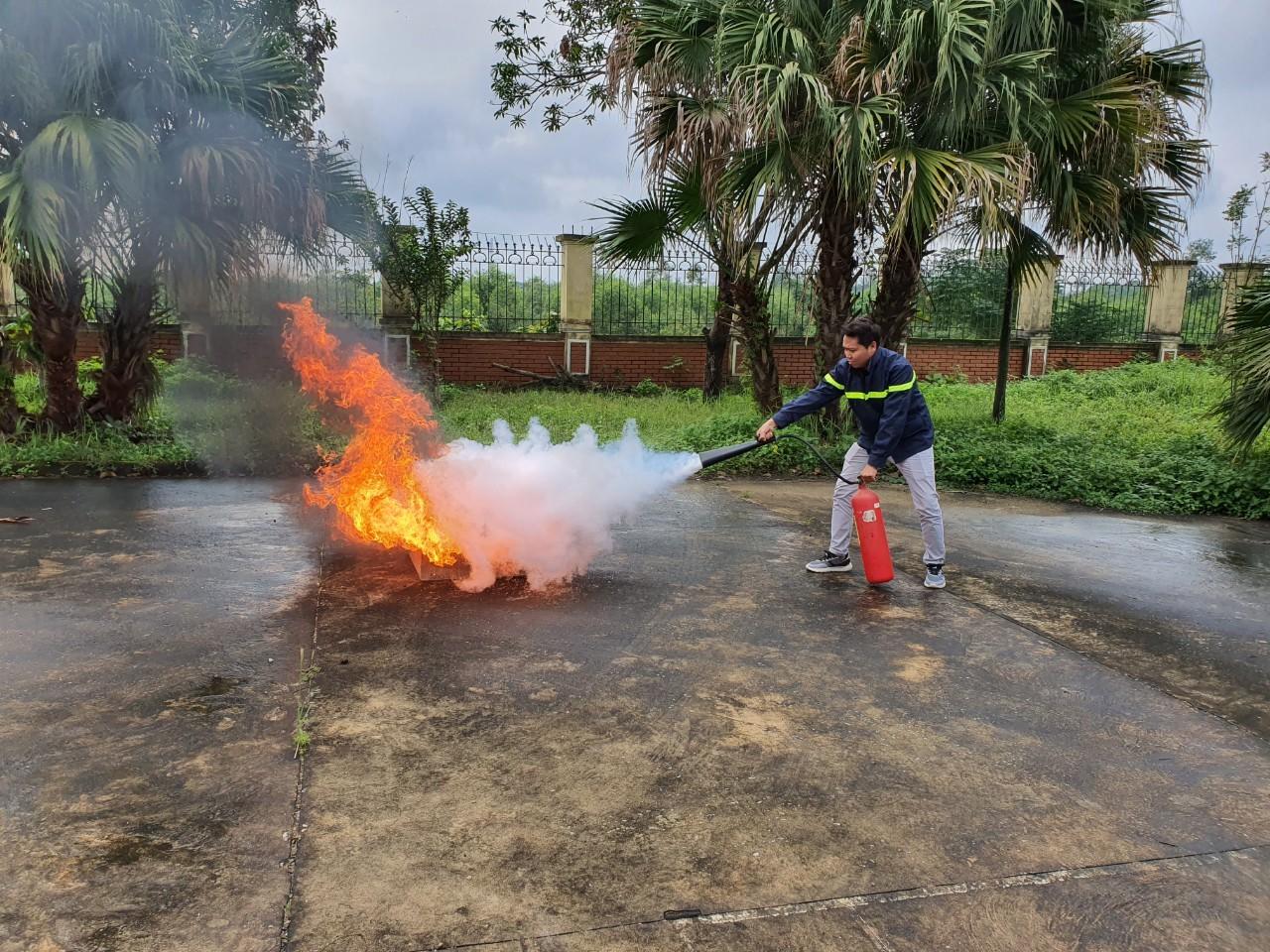 Tập huấn nghiệp vụ công tác phòng cháy chữa cháy năm 2019