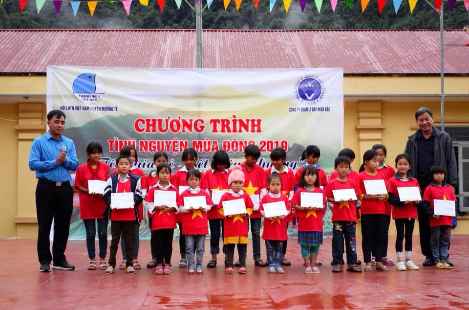 Mang cái Tết ấm áp đến với các Con học sinh vùng cao và bà con đồng bào dân tộc miền núi tại Xã Vàng San – Huyện Mường Tè – Tỉnh Lai Châu.