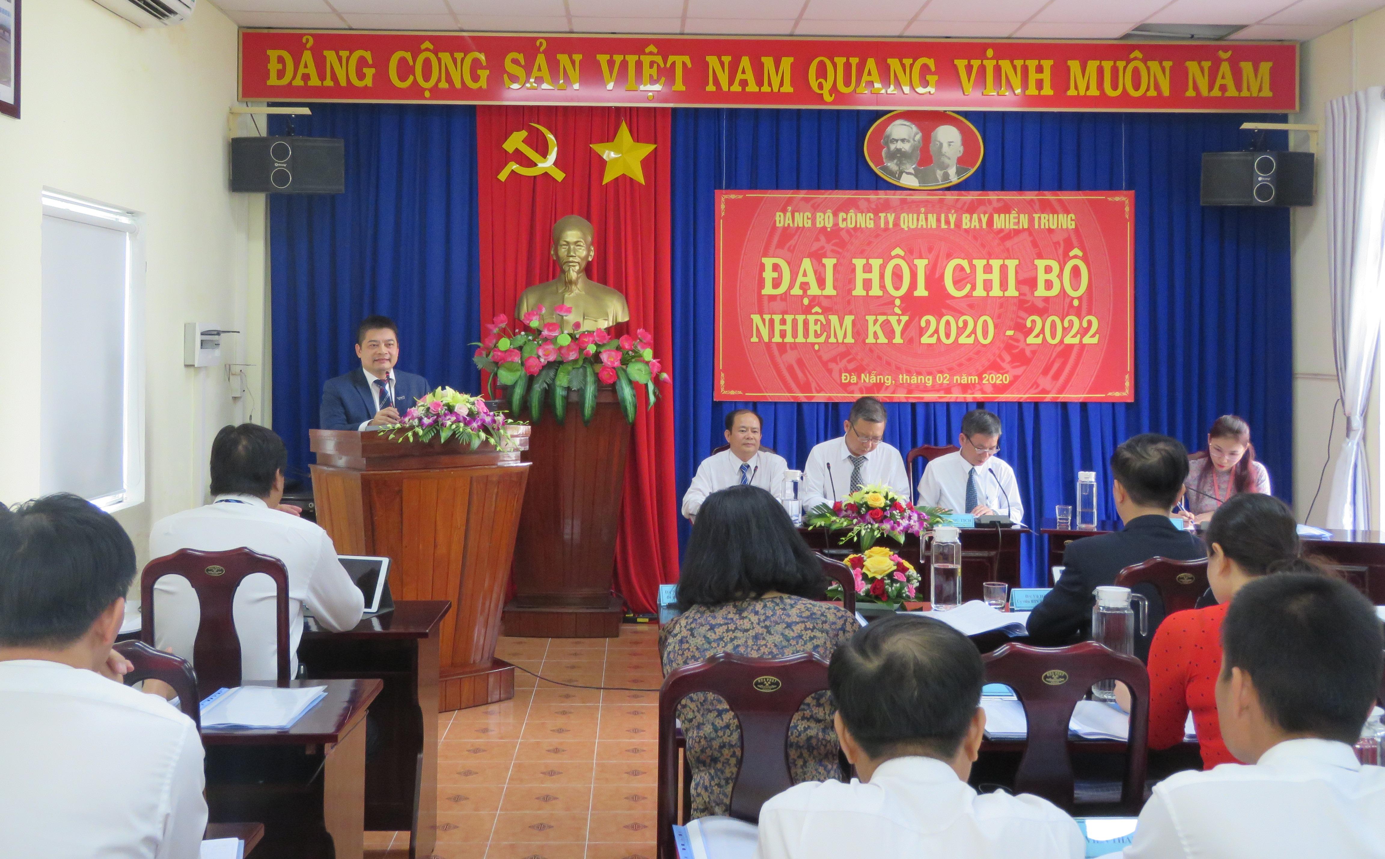 Đại hội điểm - Chi bộ Văn phòng nhiệm kỳ 2020 - 2022 Đảng bộ Công ty Quản lý bay miền Trung