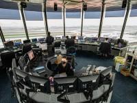 Cận cảnh bên trong các cơ sở điều hành bay những ngày đại dịch