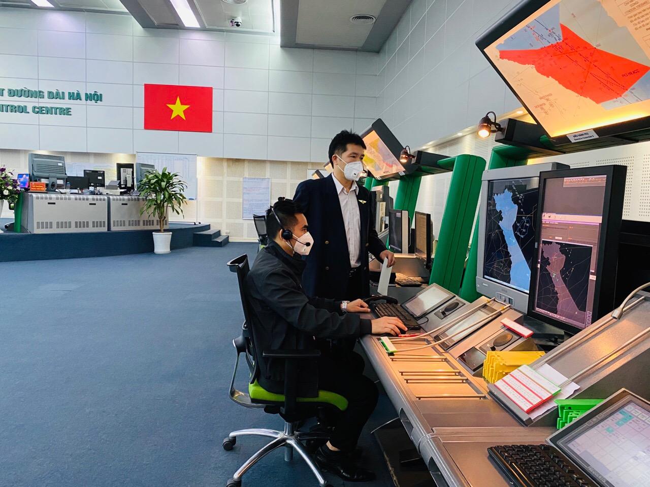 Nhóm A- Trung tâm Kiểm soát đường dài Hà Nội – Ứng phó thành công Đợt 1 chống đại dịch Covid-19