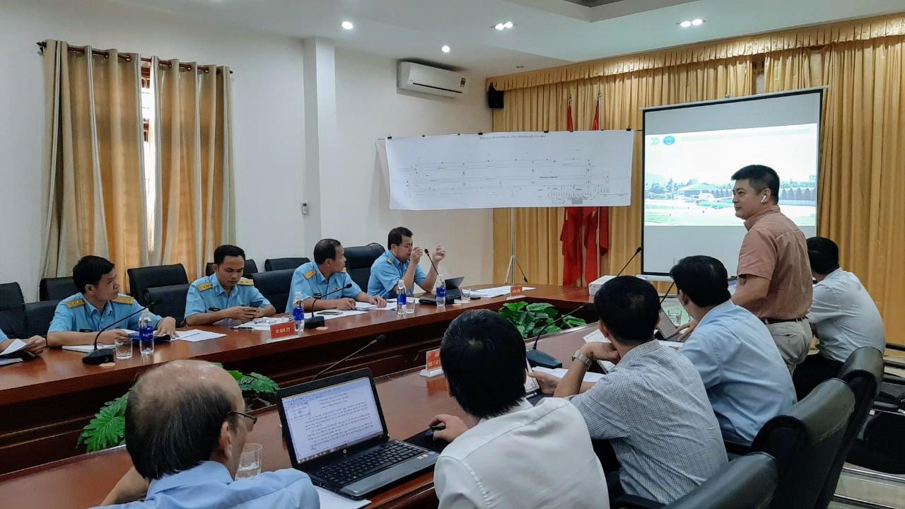 Hội nghị tăng cường công tác phối hợp, hiệp đồng bảo đảm an toàn bay giữa Công ty Quản lý bay miền Trung và Sư đoàn Không quân 372
