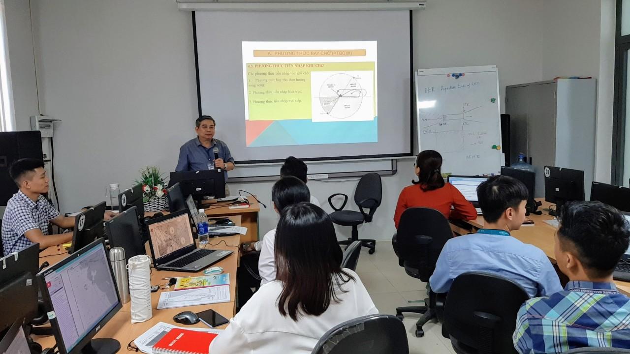 Công tác huấn luyện tại Công ty Quản lý bay miền Trung trong và sau thời gian giãn cách xã hội
