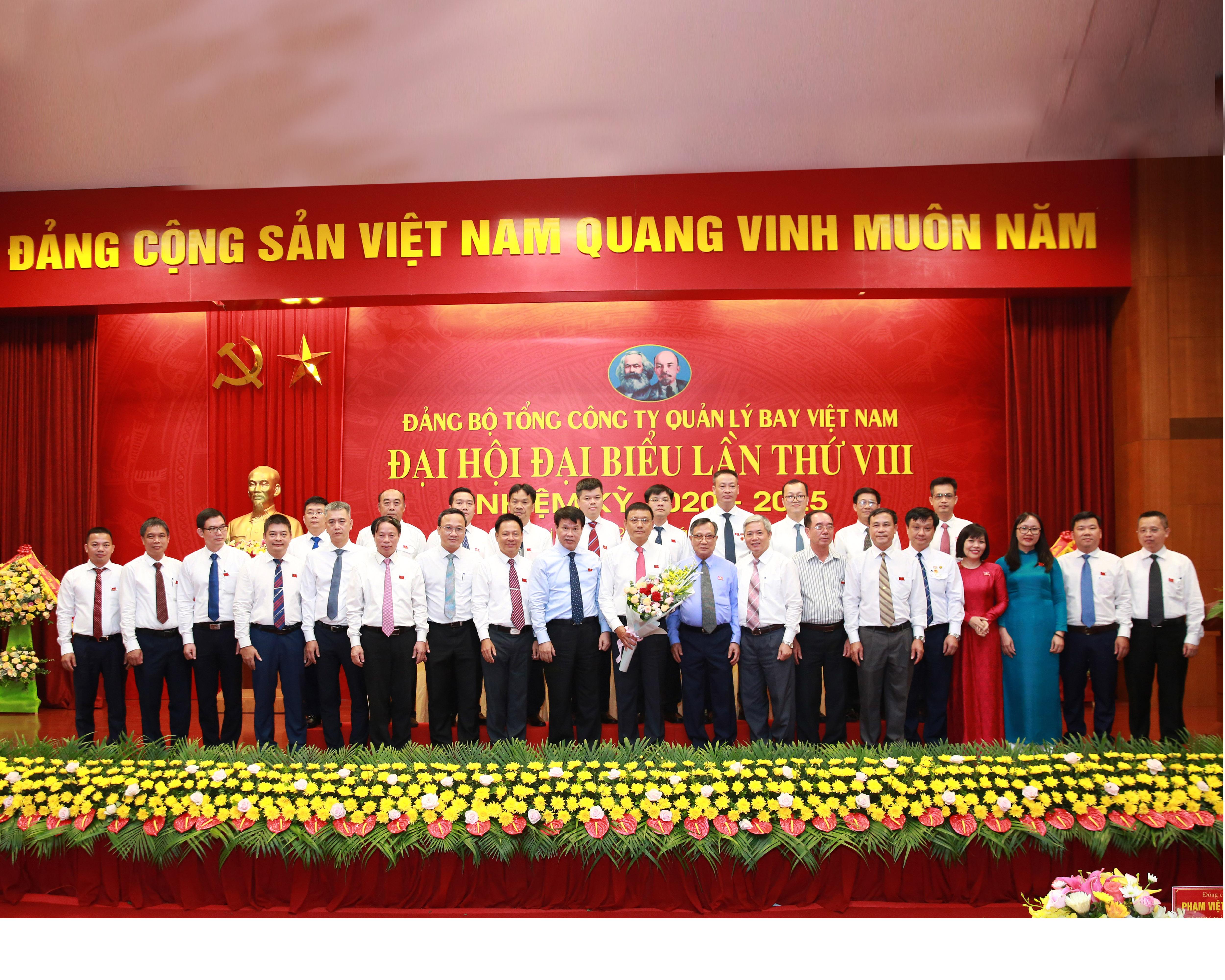 Khẳng định vị trí, vai trò trong lĩnh vực quản lý bay Việt Nam