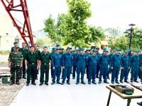 Công ty Quản lý bay miền Nam huấn luyện tốt lực lượng dân quân tự vệ