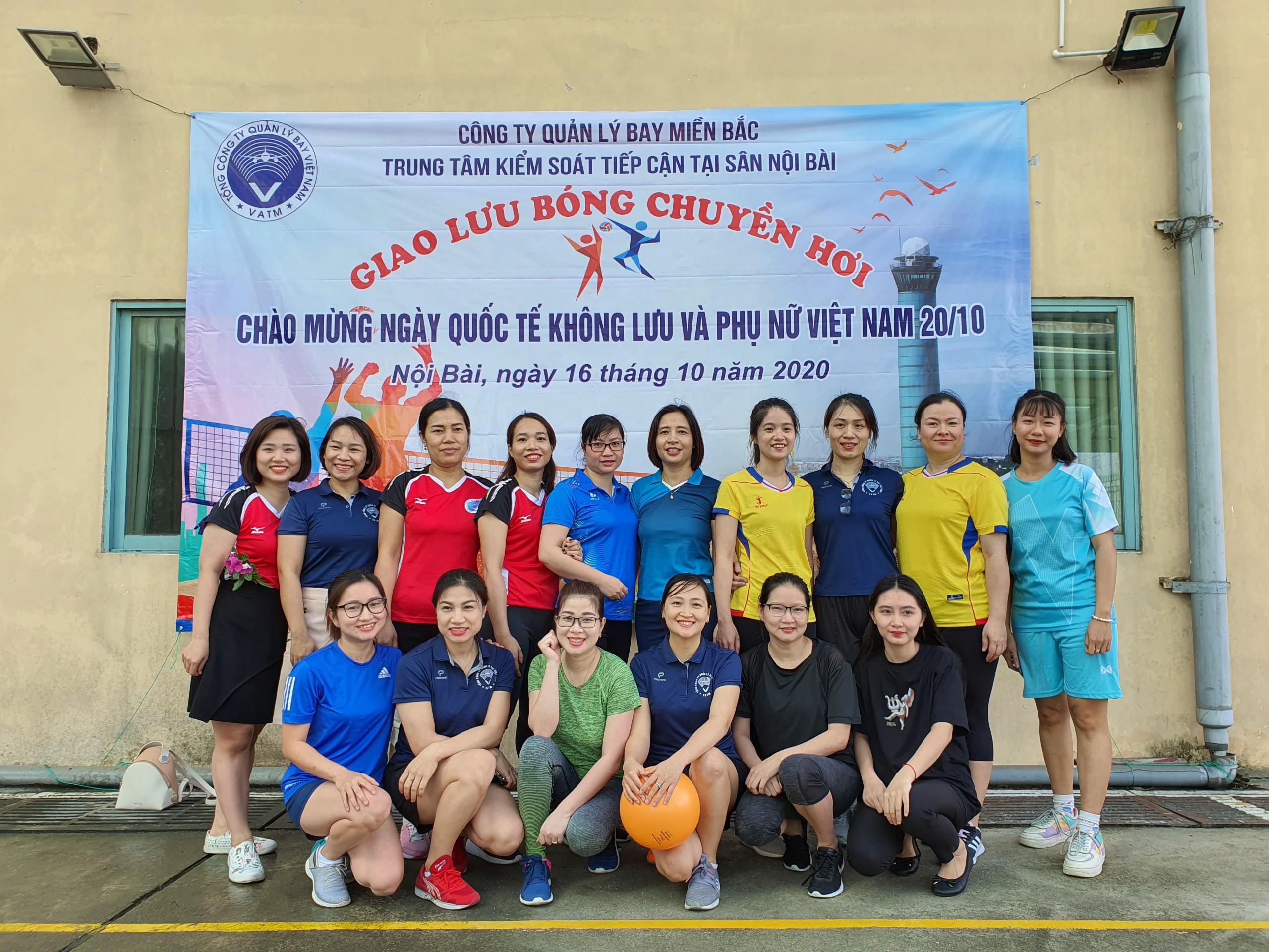 Trung tâm Kiểm soát tiếp cận tại sân Nội Bài tổ chức giải thể thao bóng chuyền hơi