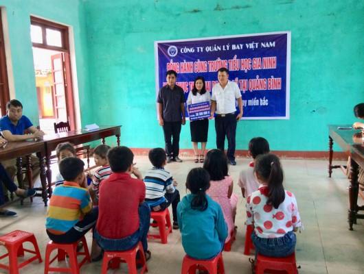 Trao ủng hộ đồng bào miền Trung bị thiệt hại nặng do mưa lũ năm 2020 gây ra tại 02 Tỉnh Nghệ An và Quảng Bình