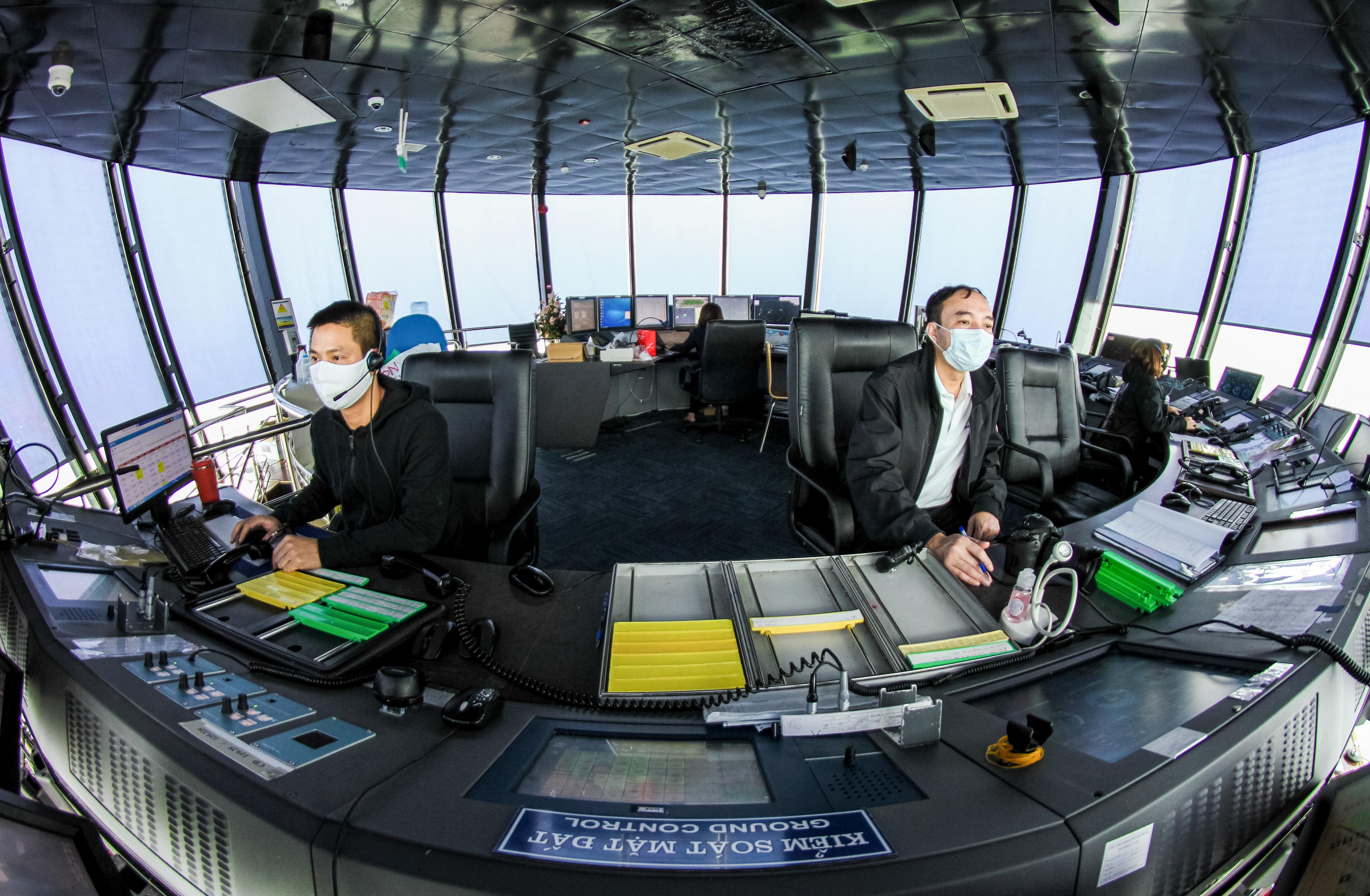 VATM cung cấp dịch vụ bảo đảm hoạt động bay an toàn, thông suốt dịp Tết Nguyên đán Tân Sửu